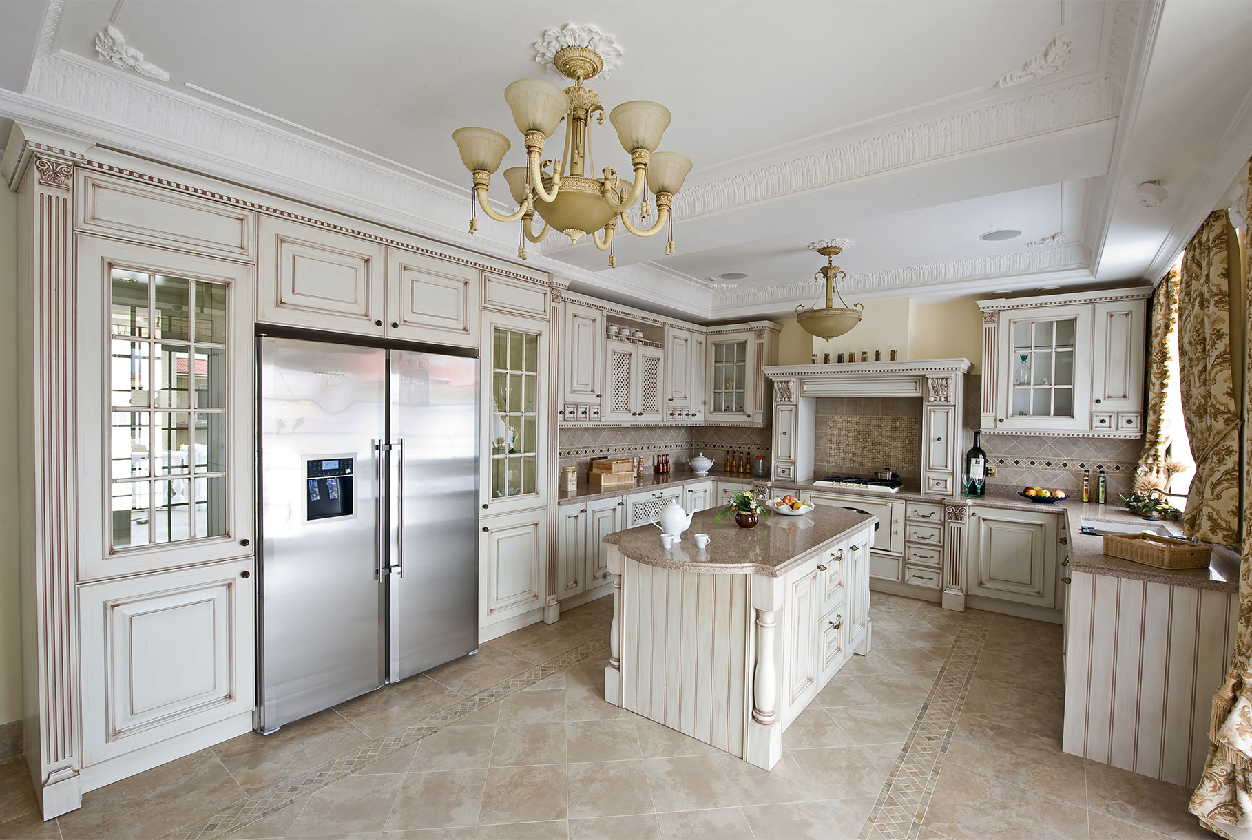 traditional new kitchen cabinets
